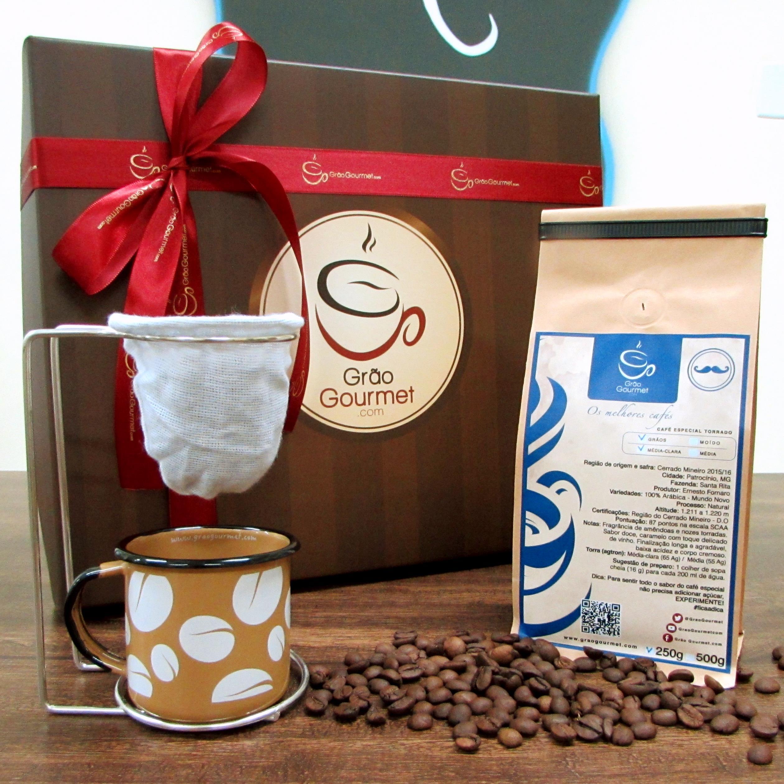 Café_Caneca graos marrom_co